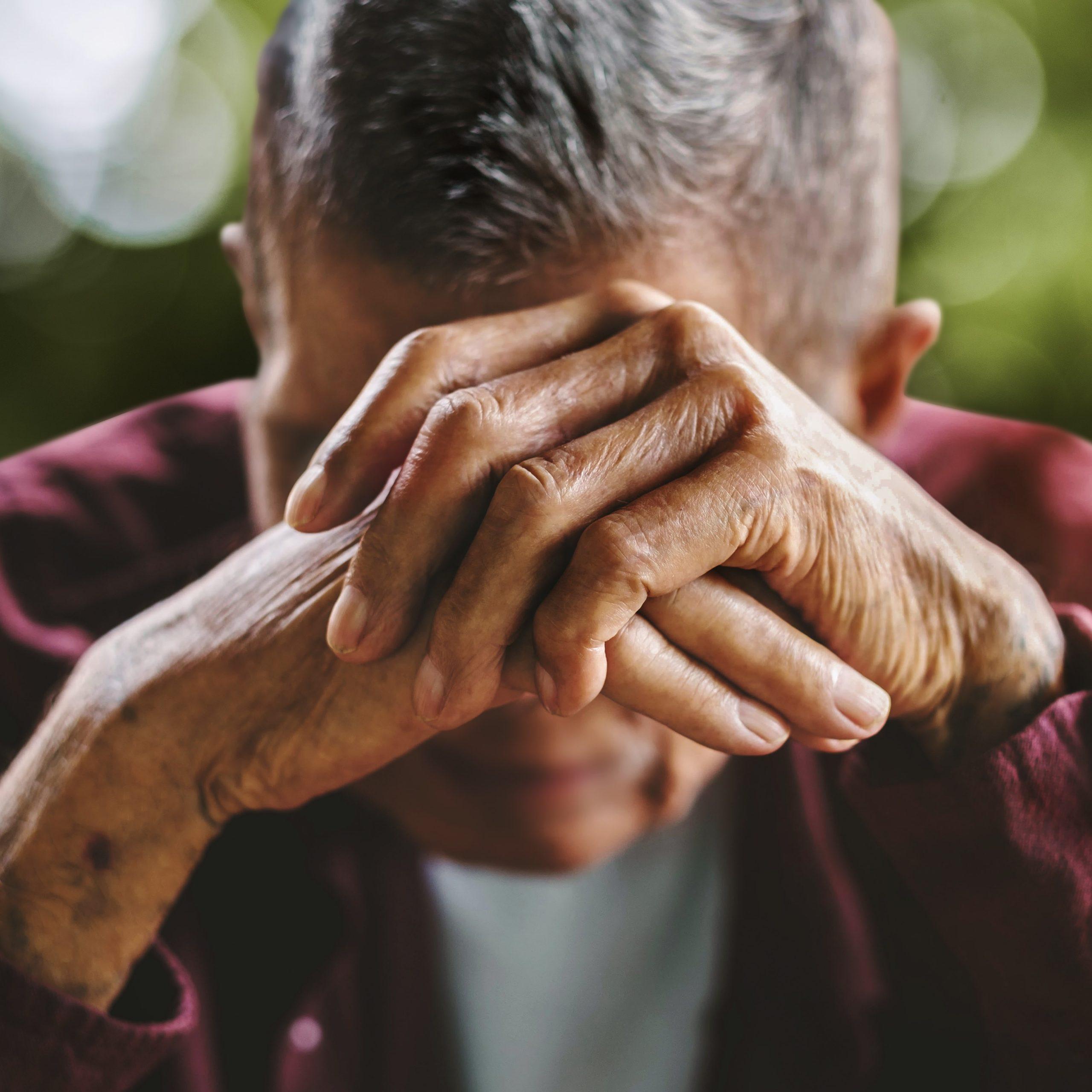 Im Alter nimmt die Konzentration der Antikörper zu und wirken wie ein körpereigenes Antidepressivum