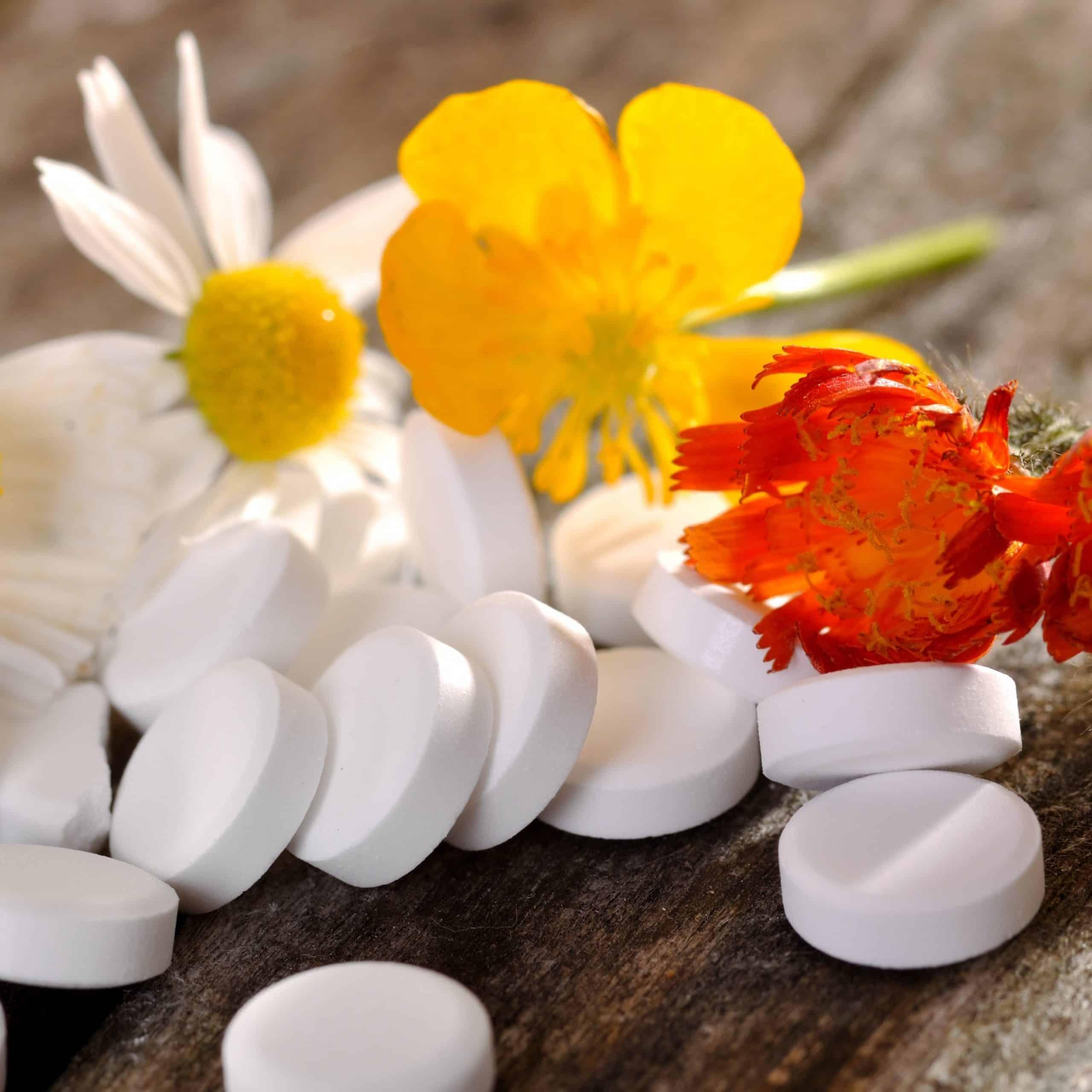 Besonders bei gesundheitsbewussten Menschen, die gerne aktiv etwas für sich und ihren Körper tun, ist die Schüßler-Therapie sehr beliebt.
