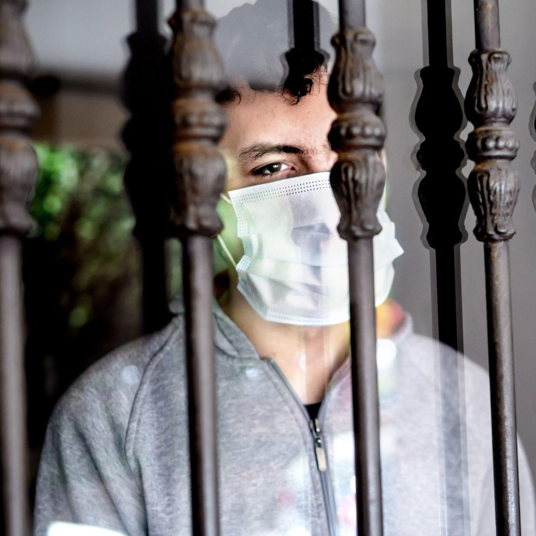Die Covid-19-Pandemie wirkt sich auf die psychische Gesundheit aus.