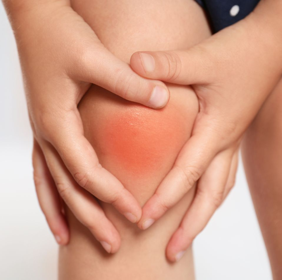 Ein Körperschmerz kann nur dann nachhaltig entfernt werden, wenn mit der körperbezogenen Therapie auch der Seelenschmerz aufgelöst wird, auch bei Rheuma