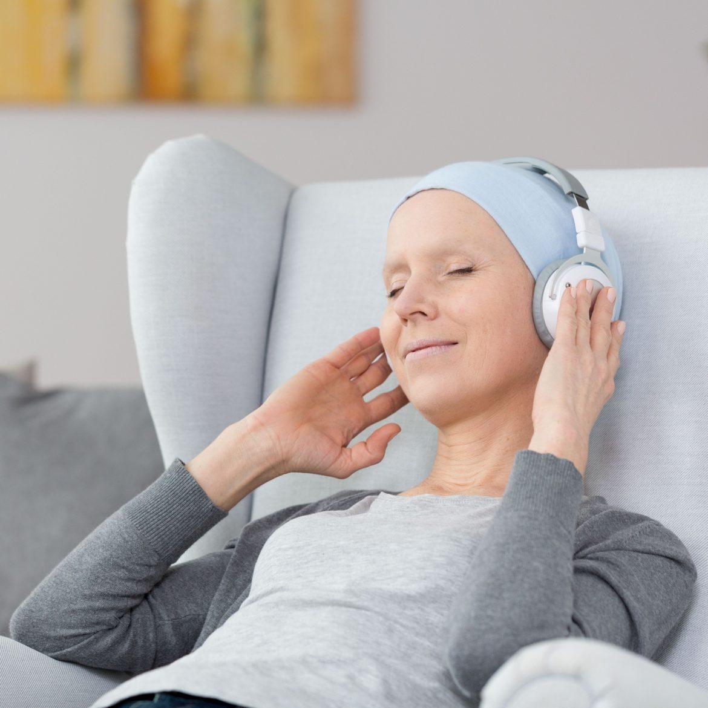 Wissenschaftler bestätigen Wirkung der Musiktherapie bei medizinischen Eingriffen.