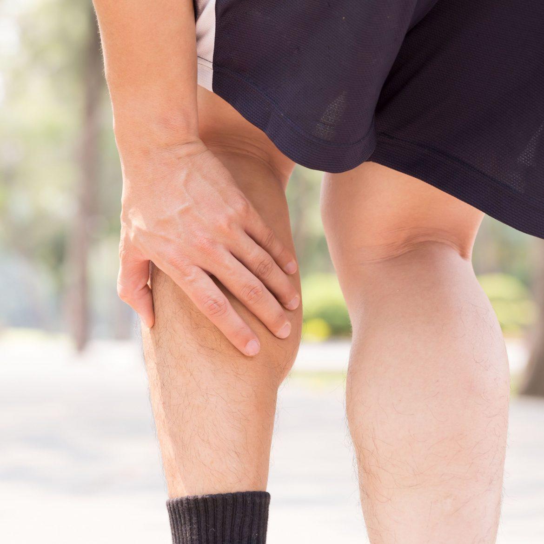 Sportmediziner beschreiben den Muskelkater als winzige Risse (Mikrotraumata) überlasteter Muskelfasern.